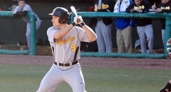 Valpo Shuts Out Youngstown State 10-0 on Saturday