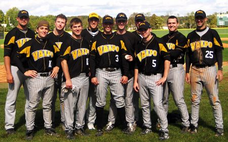 Baseball Alumni Weekend a Success