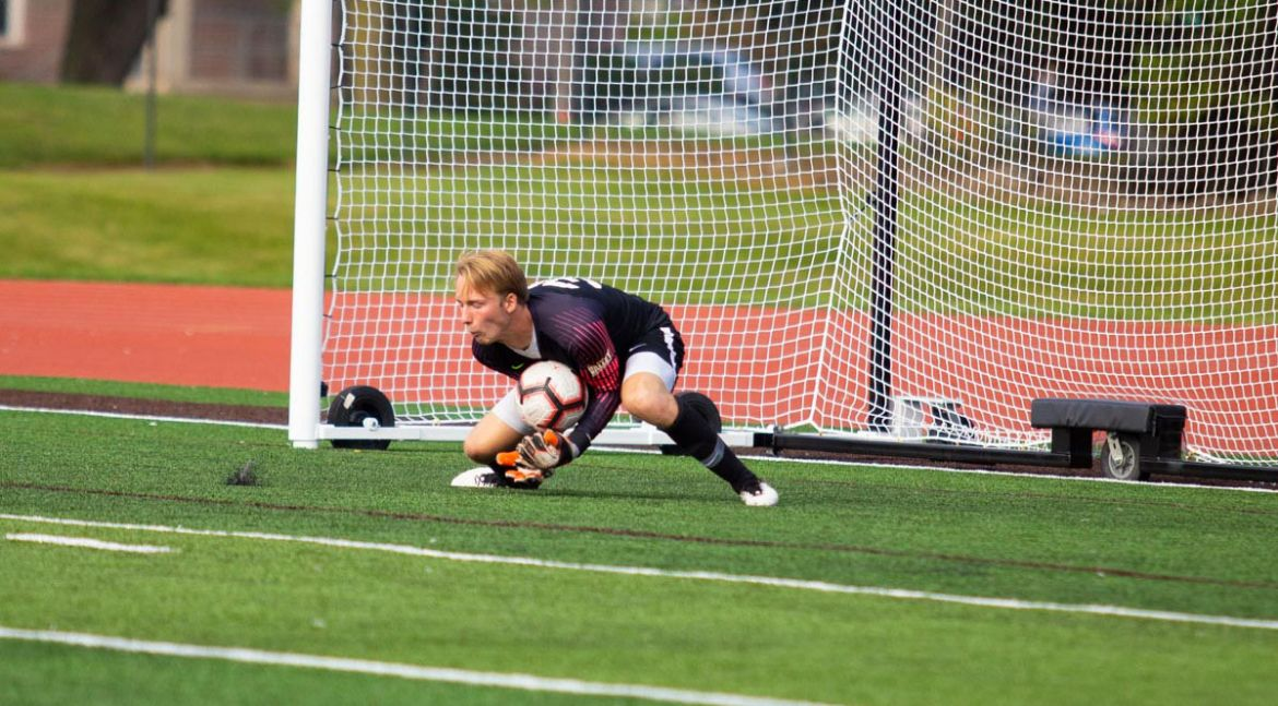 Men's Soccer Plays to Draw in Season Opener at Green Bay