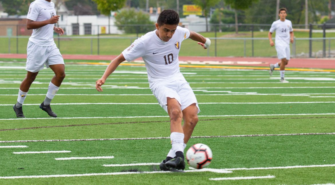 Men's Soccer Defends Home Pitch with Comeback Win Over Evansville