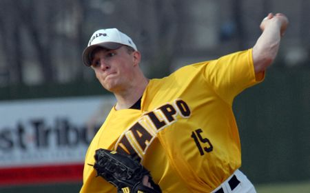 Valpo Opens Season with Twinbill Sweep at Morehead State