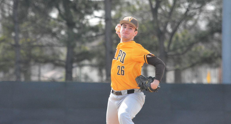 Baseball Succumbs to Arkansas State in Series Finale