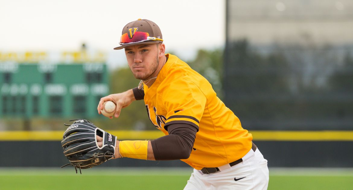 Valpo Drops Doubleheader at Indiana State