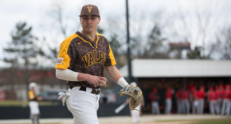 Valpo Edged in Series Opener at Missouri State