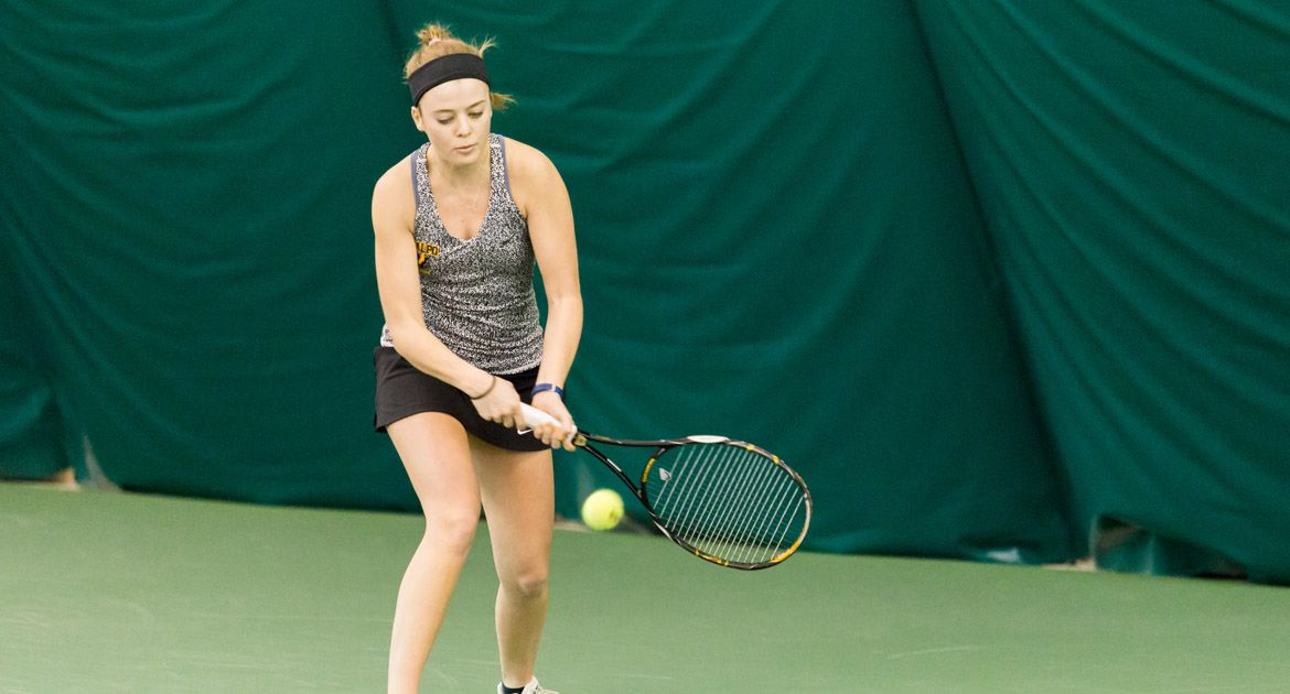 Crusaders Drop 6-1 Decision at Wright State