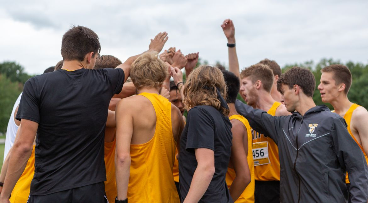 Valpo Men's Cross Country Cracks Regional Rankings