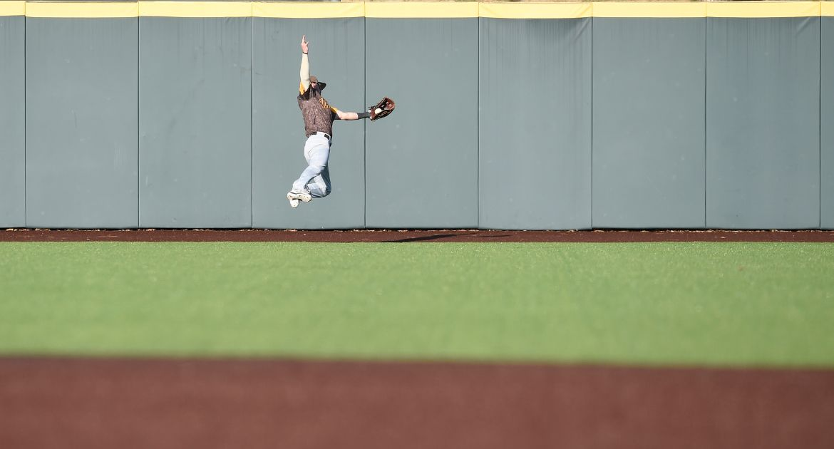 Eggimann Finishes Trip to Home State with Home Run, Helps Valpo Defeat Grand Canyon