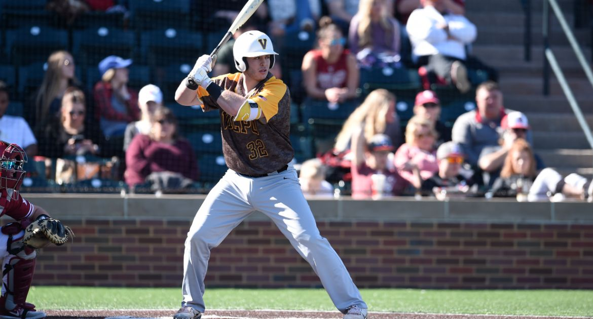 Valpo's One-Year Wonder: MBA Program, Baseball Team Attract Leone to Valpo for Last Hurrah