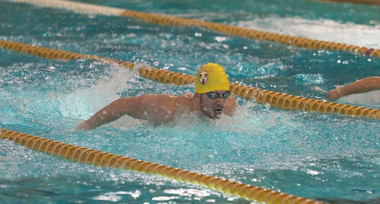 Valpo Swimming Competes in Butler Invitational