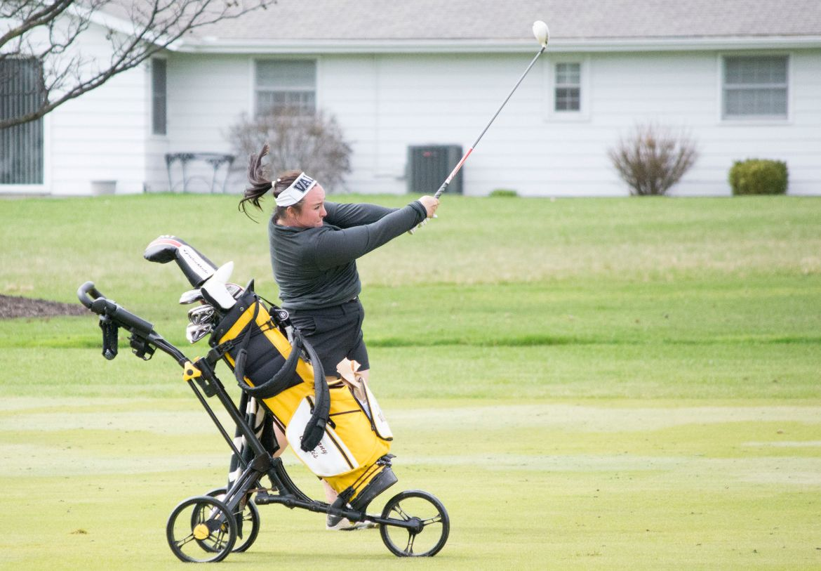 Women's Golf Second Through Two Rounds at Fort Wayne Spring Classic