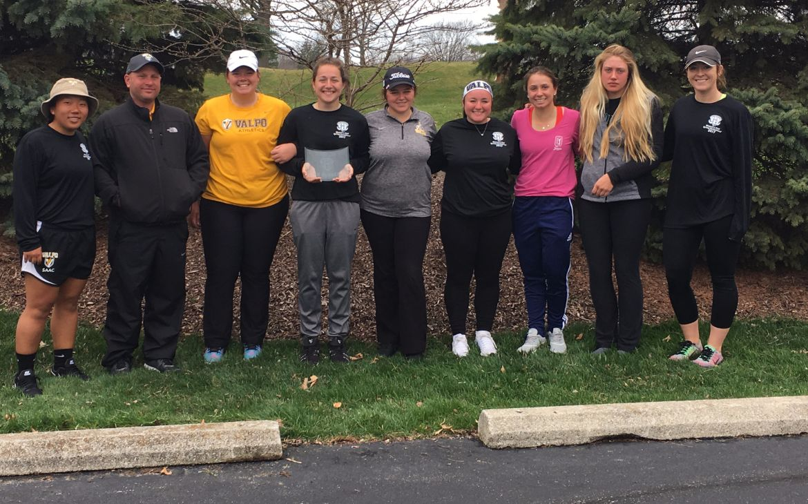 Valpo Sets Team Scoring Record, Holds on for Second-Place Finish