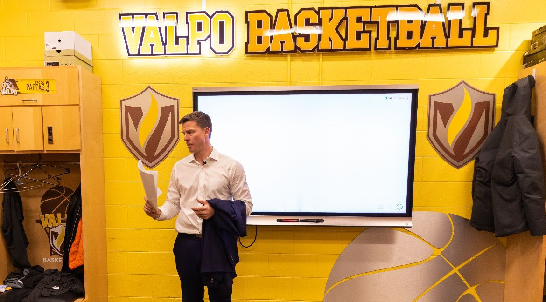 Valpo Basketball Unveils Nonconference Schedule