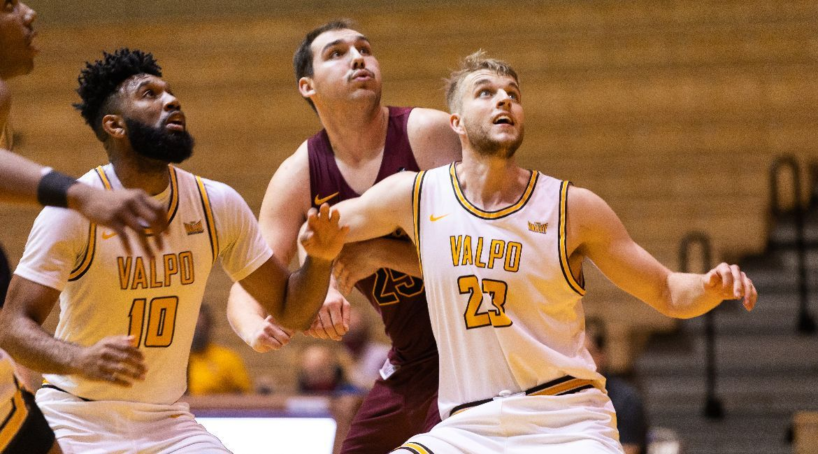 Men's Basketball to Make First MVC Road Trip This Weekend