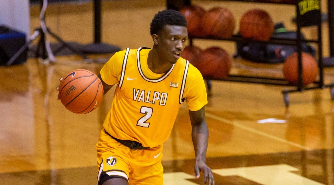 Balanced Effort Helps Valpo Roll to First-Ever Win at UNI