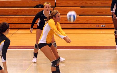 Crusaders Remain in First Place With Four-Set Win over Loyola