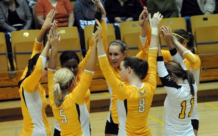Valpo Faces Pair of Matches This Weekend