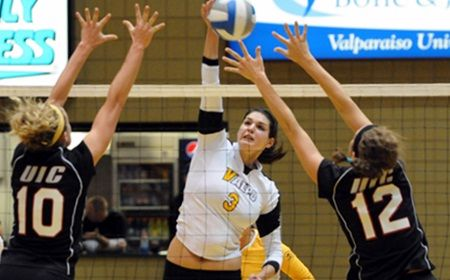Crusaders Win Seventh Straight With Sweep of Indiana State