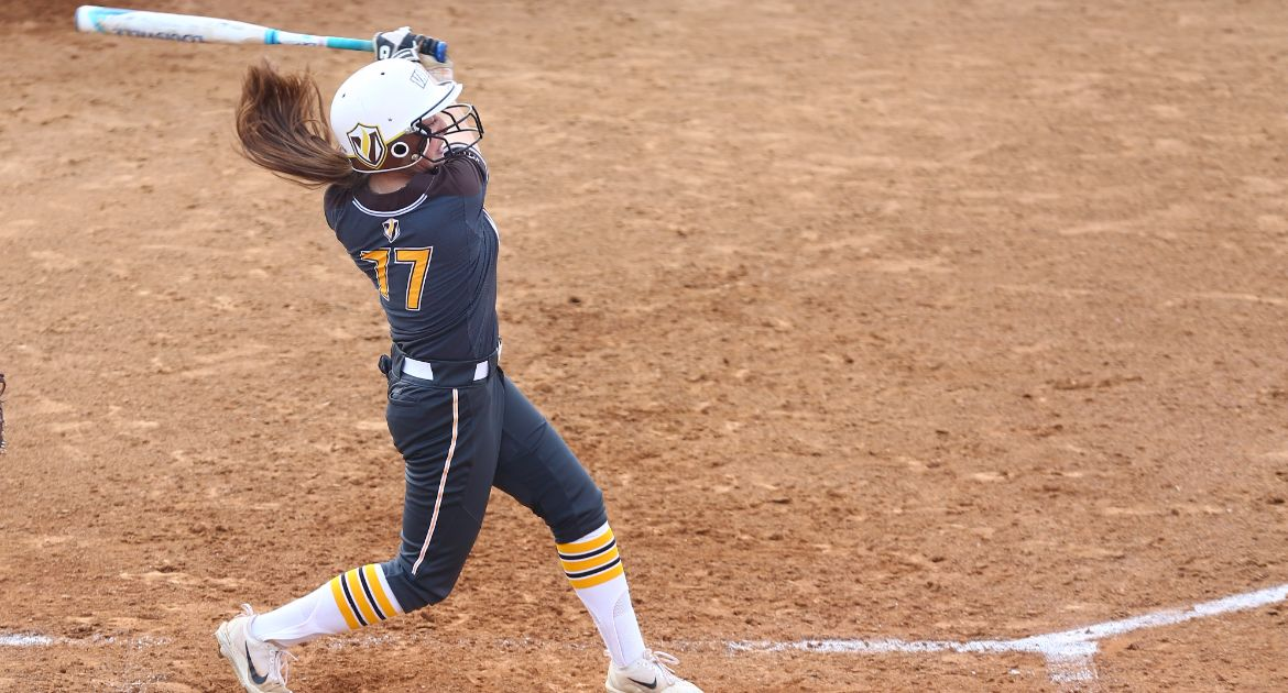 Softball Blanks UC Davis For Third Straight Win