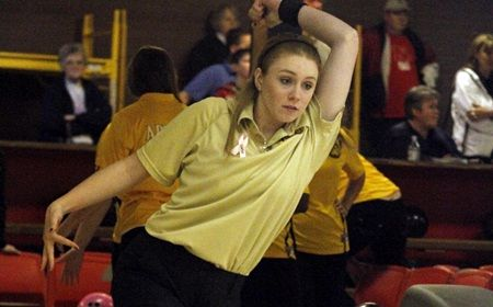 Valpo Enters Final Day of Crusader Classic in First Place