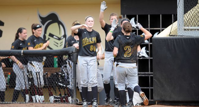 Valpo to Host Fall Softball Camp