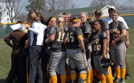 Crusaders Head to Butler for Key Three-Game Set