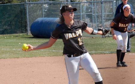 McGee Tosses Shutout as Crusaders Split With Green Bay