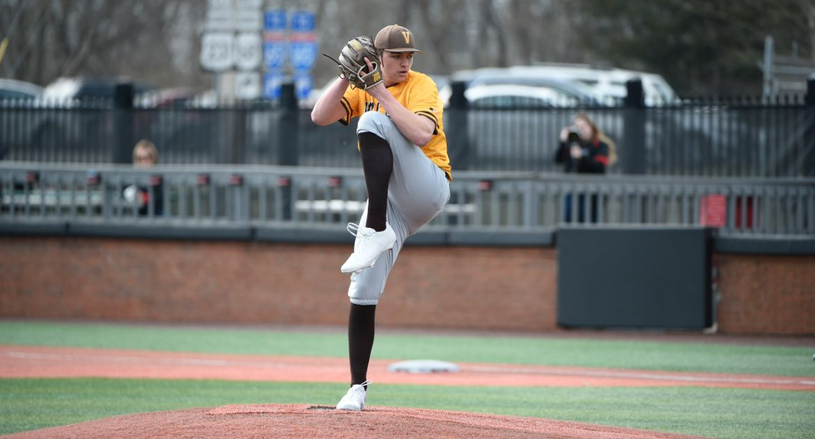 Valpo Edged by Quality Foes to Start Spring Trip