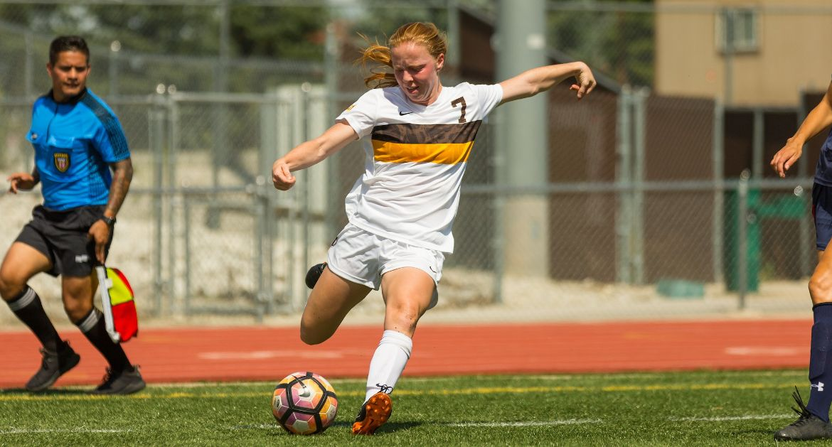 Women's Soccer Picks Up Monday Morning Win at Illinois State