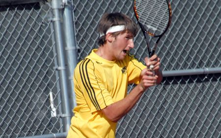 Singles Play Rallies Valpo for Victory over IUPUI