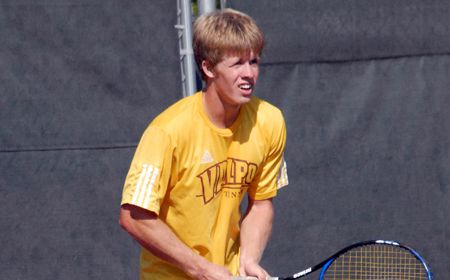 Valpo Upended by Shorter 6-3 on Monday