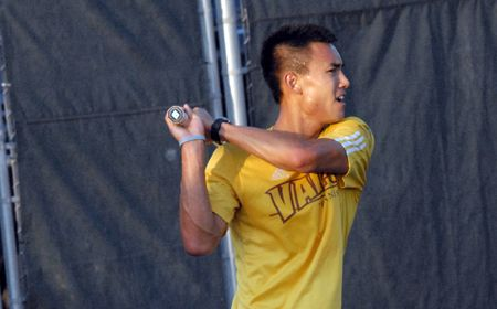 Doubles Crusaders' Strong Suit on Day 1 of Valpo Fall Classic