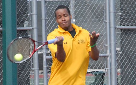 Doubles Concludes, Singles Begins for Valpo Men in Peoria