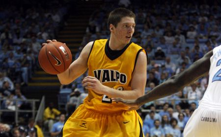 Valpo Falls to Troy at Legends Classic