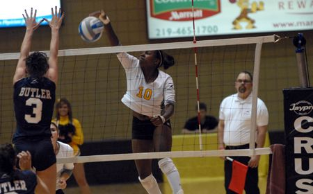 Malicoat, Porché Receive Honorable Mention All-American Accolades