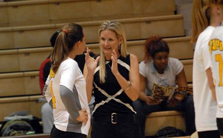 Cromwell Joins Crusader Volleyball as Assistant Coach