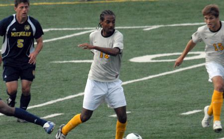 Crusaders Open Horizon League Play Victorious at Detroit