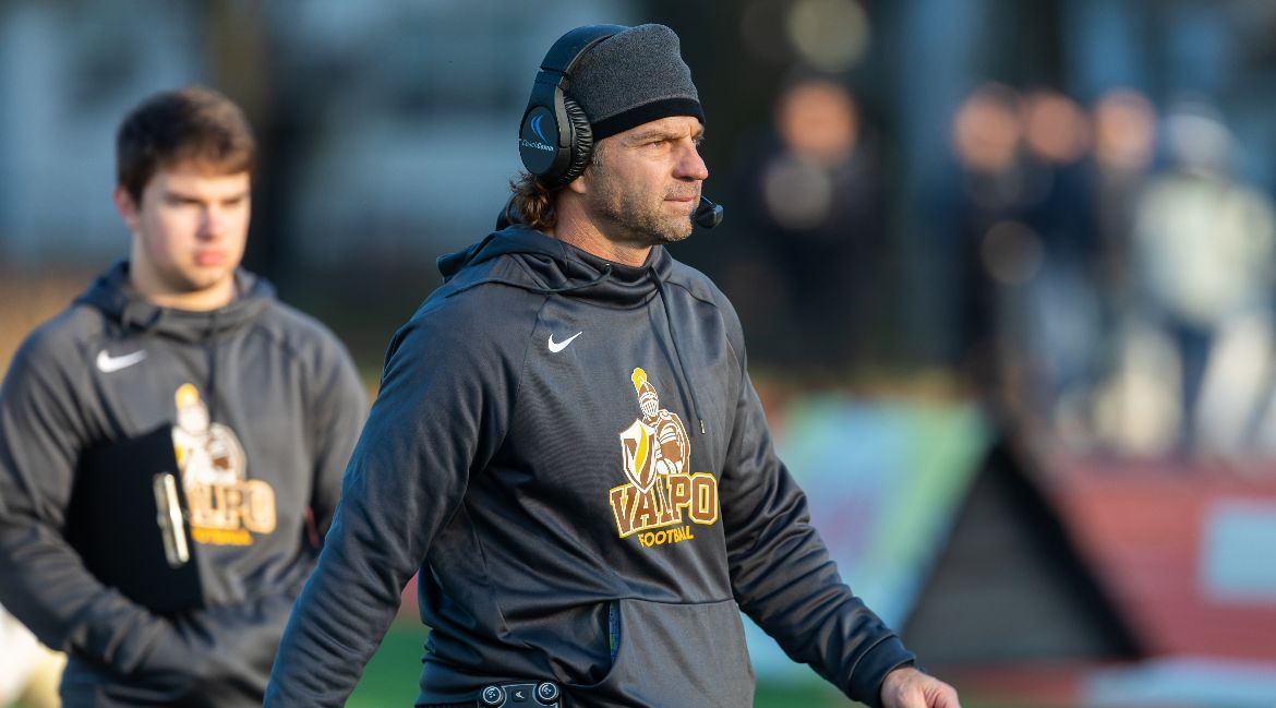 Valpo Football Adds to Recruiting Class on National Signing Day