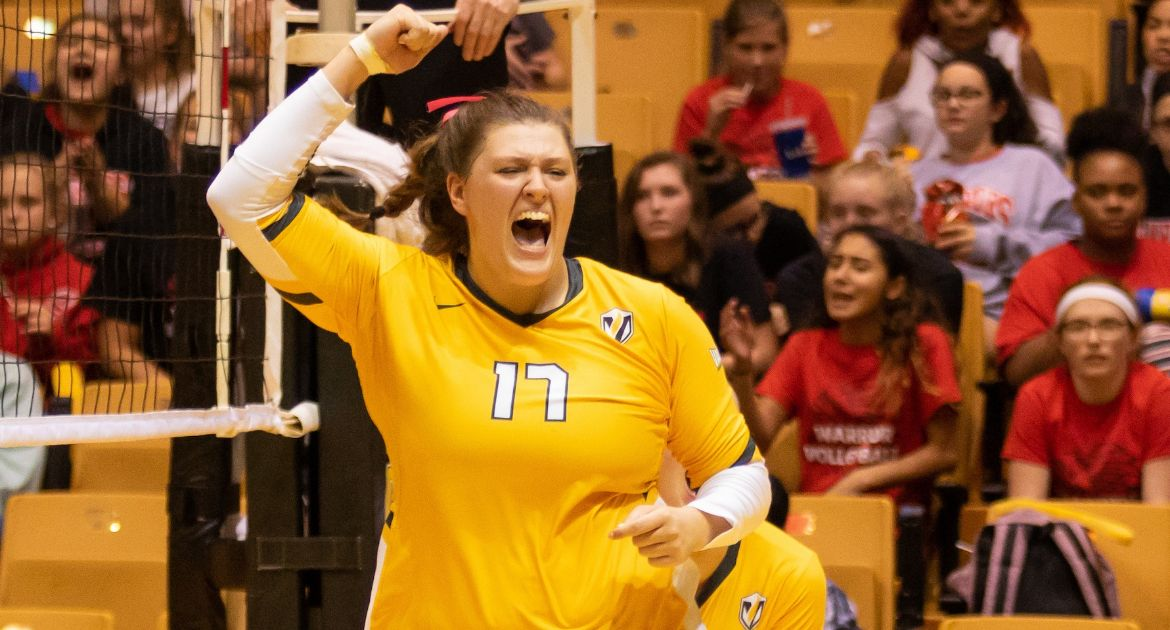Volleyball Earns Season-Opening Win Over Murray State