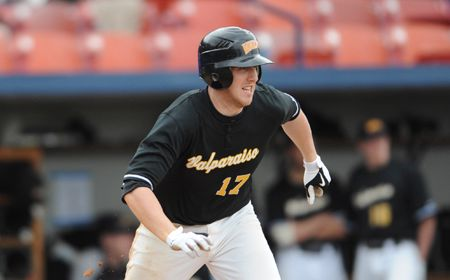 Valpo Earns Senior Day Split with Youngstown State