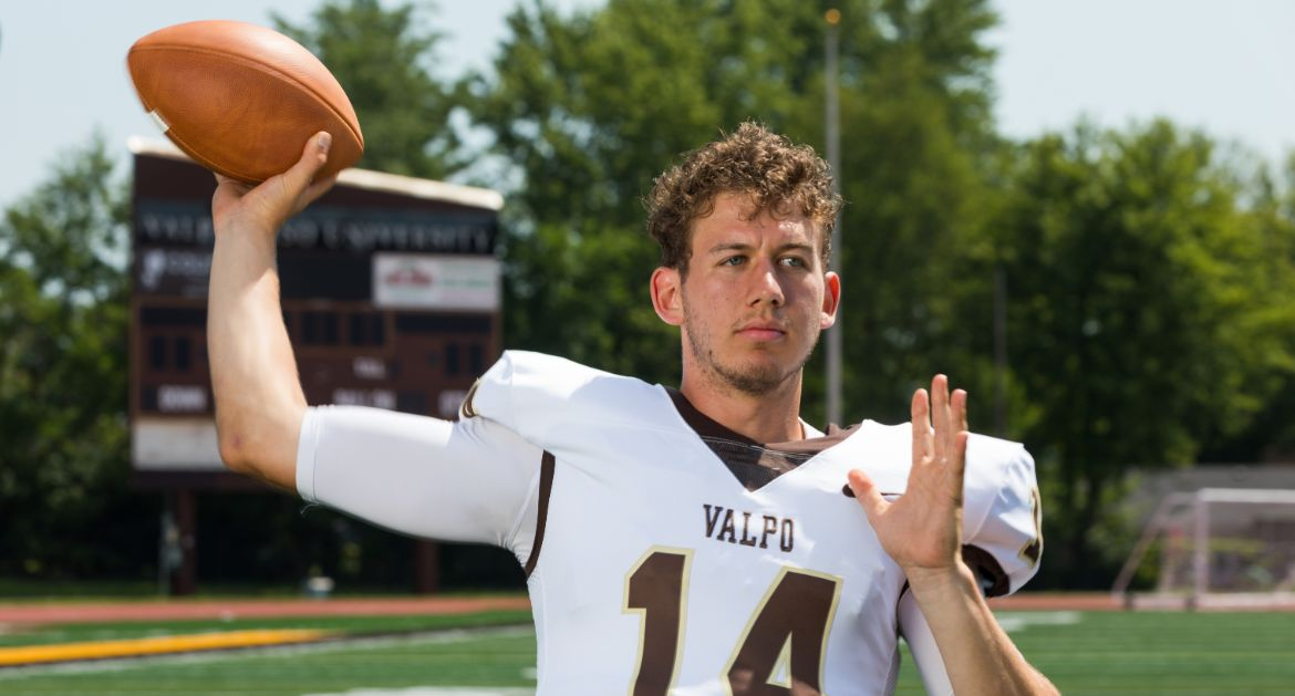 Valpo Football Appoints 2020 Team Captains