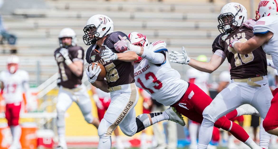 Ground Attack Lifts Pioneers to Victory over Crusaders