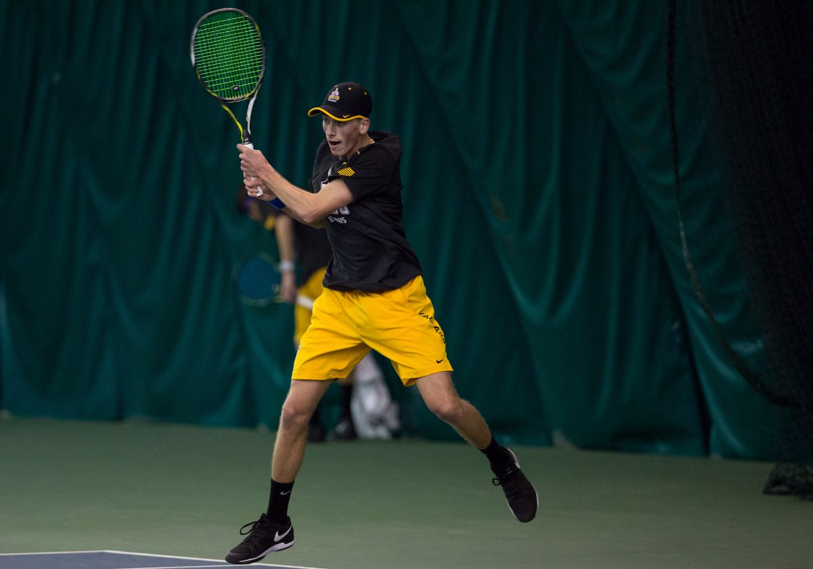 Three Crusaders Win Singles Championships in River Forest Invitational