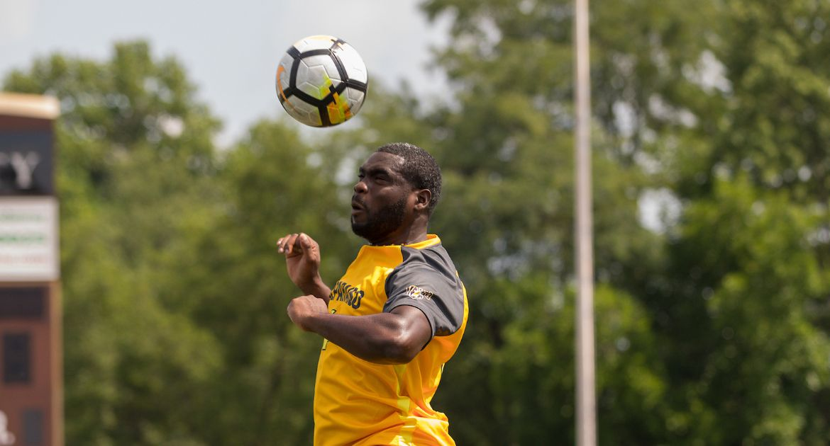 Late Header Goal by Alex Brown Lifts Valpo Past Milwaukee