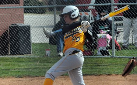 Crusaders Win 11th Straight; Complete Sweep of Detroit
