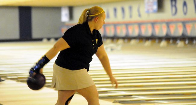 Valpo Third After Day One of Crusader Classic