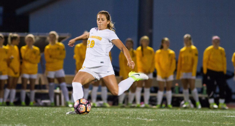 Women's Soccer Opens Regular Season at Green Bay, Eastern Illinois