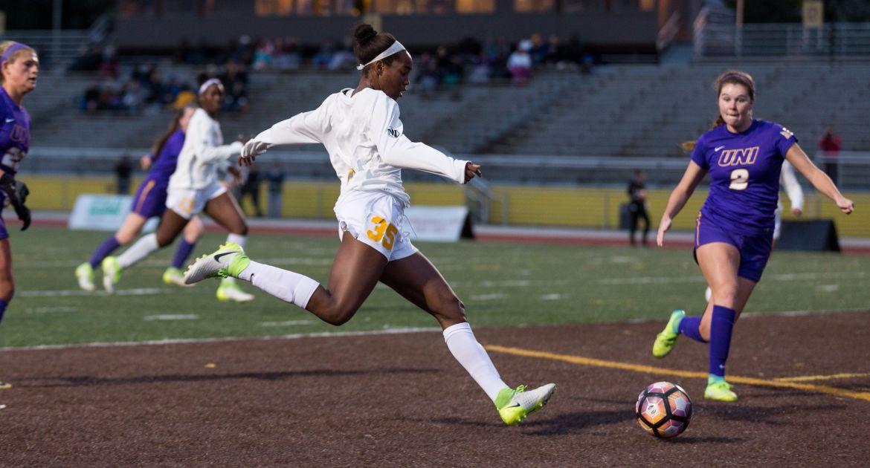 Women's Soccer Drops Overtime Battle to UNI