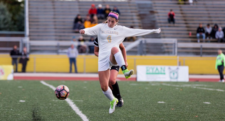 Women's Soccer Draws Western Michigan in Exhibition Opener