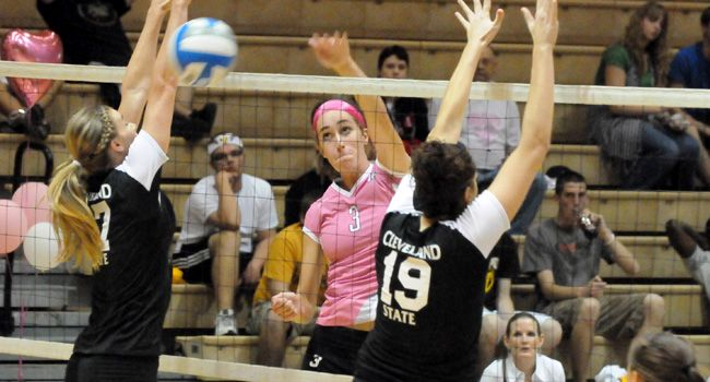 Crusaders Dominate Offensively in Sweep of Loyola