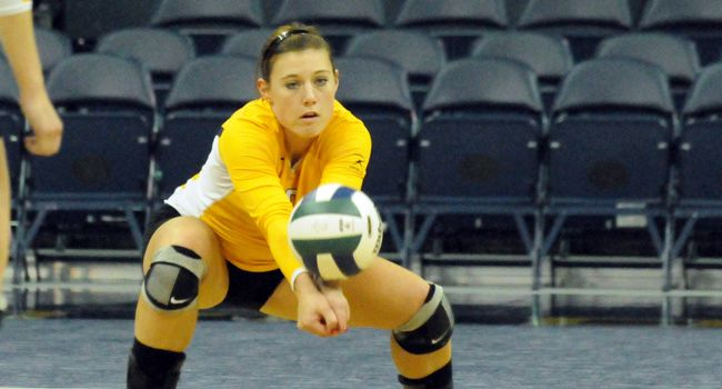 Crusader Volleyball Back on Winning Track With Win at Wright State